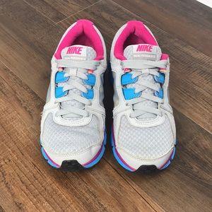 Nike Dual Fusion ST2 Women's Running Shoes Size 8